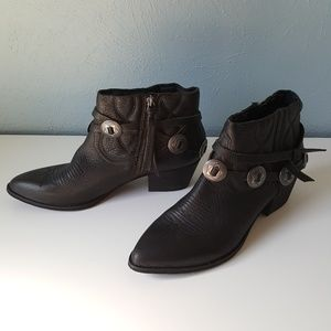 Dolce Vita Skye Western Bootie Black Leather Boots